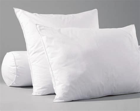 soldes oreillers oreiller et traversin 233 coresponsables moelleux becquet