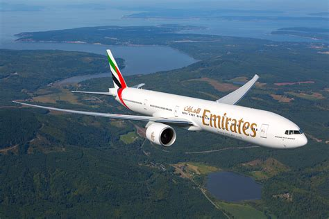 emirates web emirates airlines and social media marketing social