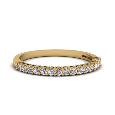 Wedding Bands Gold by 18k Yellow Gold Wedding Band For Fascinating Diamonds