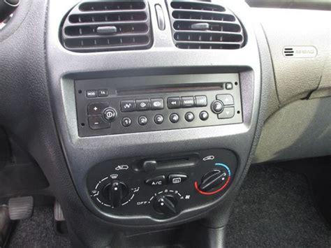 peugeot 206 beleuchtung mittelkonsole wechseln autoradio einbau tipps infos hilfe zur autoradio