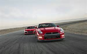 audi r8 vs nissan gtr the battle of the supercars car