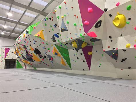 oakwood climbing centre bouldering climbing kids