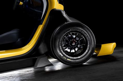renault twizy sport renault twizy sport f1 in all its glory autoevolution