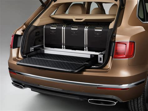 bentley bentayga trunk 2017 bentley bentayga detail photo trunk space size