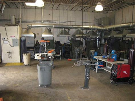 layout welding workshop looking for pics of great welding booths from training centers