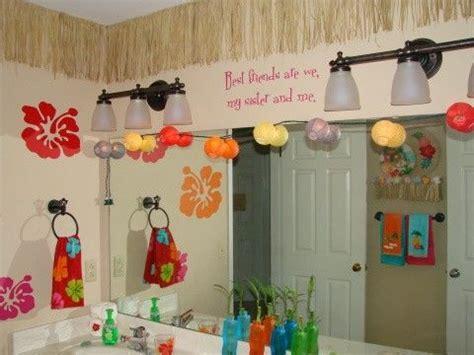 hawaiian bathroom decor 22 best images about hawaiian bedroom ideas on pinterest
