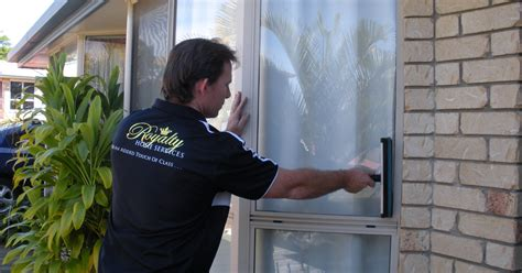 in home drapery cleaning service window cleaning royalty home services