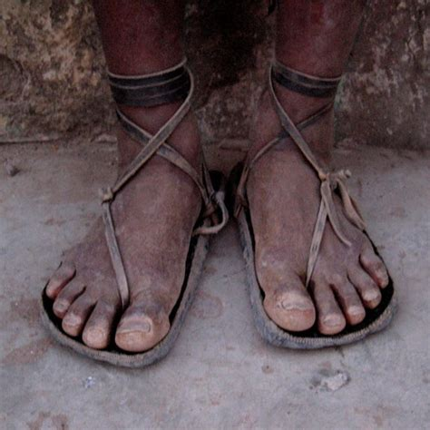 tarahumara running shoes spanishdialects 09c the tarahumara indians