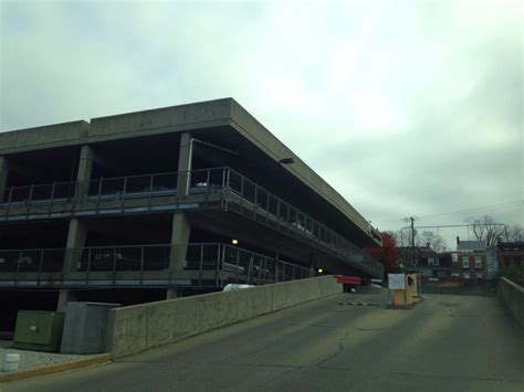 Cincinnati Parking Garages by Avenue Garage Parking In Cincinnati Parkme