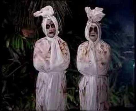 film hantu paling seram versi indonesia hantu pocong dua ekor datang rumah youtube