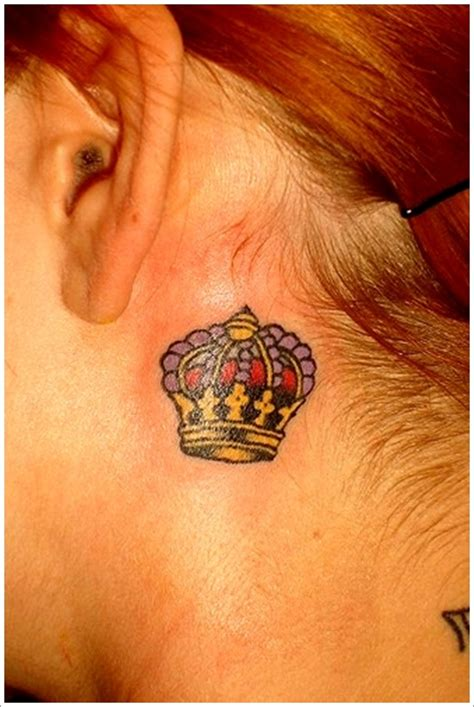 crown tattoos for females 48 crown ideas we pretty designs