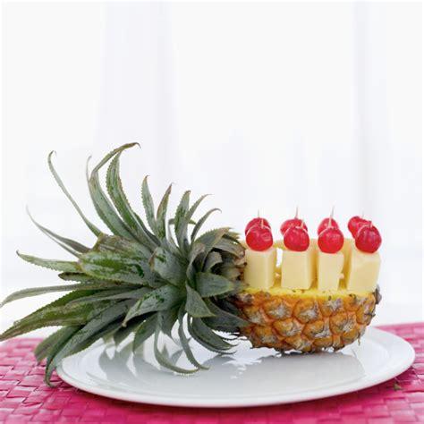 come presentare l ananas a tavola 4 modi di servire l ananas a pasto foto torte al