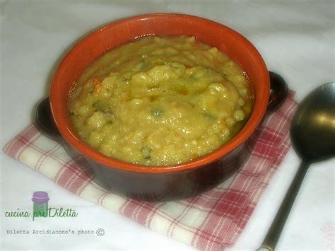 come cucinare fave secche zuppa di fave secche ricetta legumi cucina prediletta