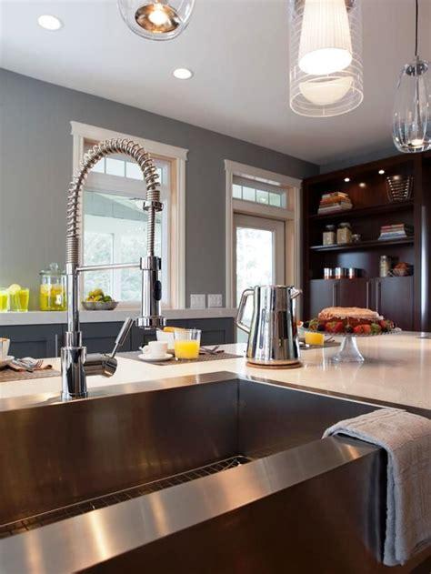 Industrial Kitchen Sink   20 inspirational industrial kitchen design and ideas