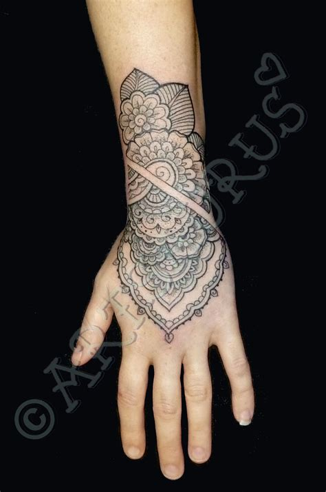 wrist cuff tattoo designs henna arm cuff makedes