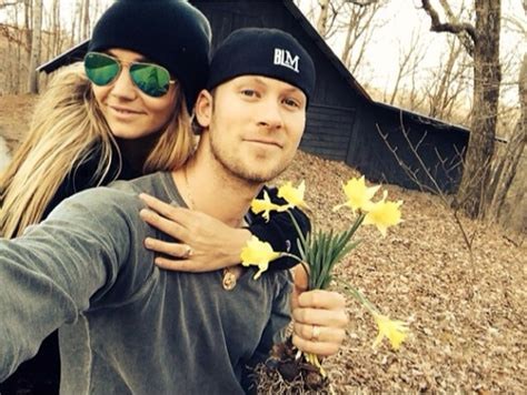 tyler hubbard house florida georgia line s brian kelley is enjoying life in his tree house sounds like