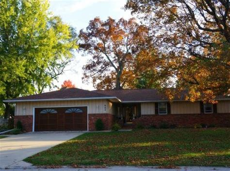 Houses For Sale Effingham Il by Effingham Real Estate Effingham Il Homes For Sale Zillow