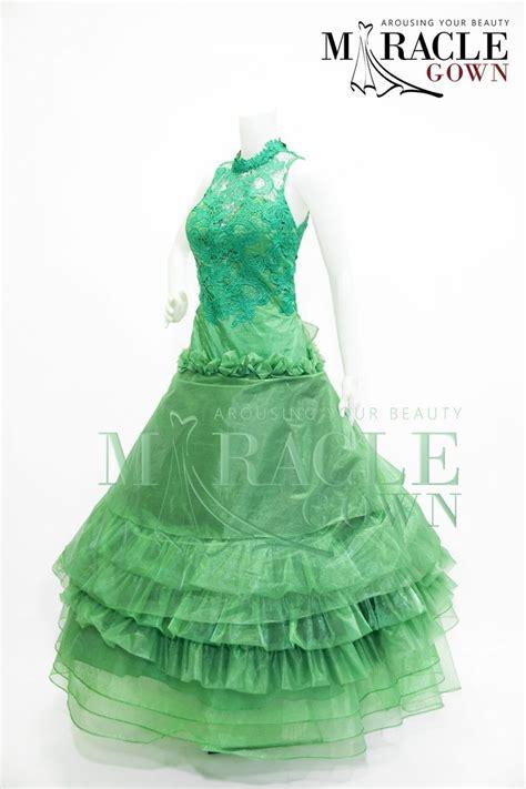 gaun design dress oriental brocade on top of emerald gateau visit www