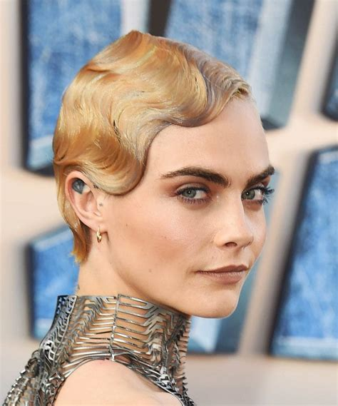 long curly hairstyles of the 20s and 30s how to rock 1920s hairstyles like a modern starlet