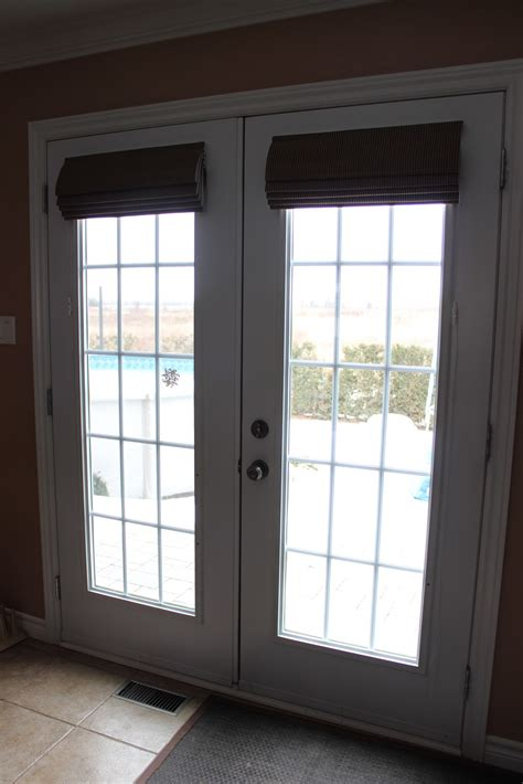 Blinds For Doors With Windows Ideas Magnetic Blinds For Doors Home Design Doors With Blinds Inside Glass Rustic