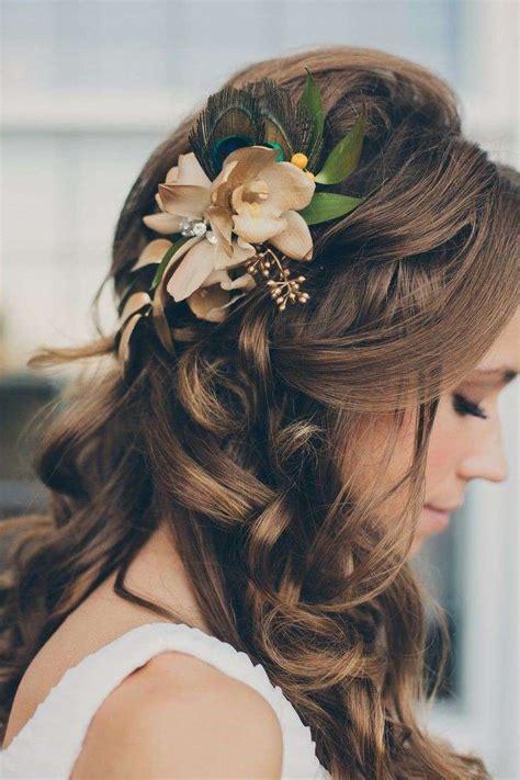 acconciatura con fiore acconciature per la sposa foto pourfemme