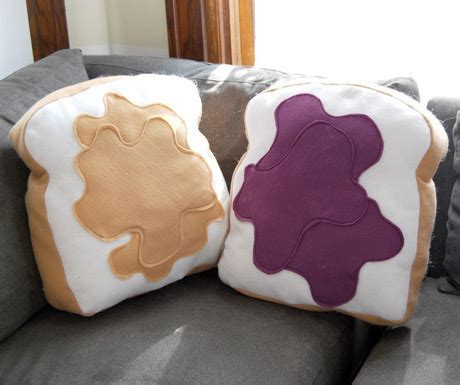 Diy Food Pillows by Comfort Food Pillows 187 Curbly Diy Design Decor