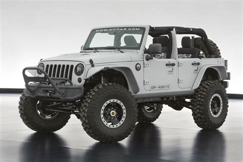jeep unveils seven new jeep unveils extreme wrangler concepts before moab