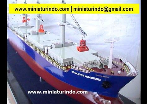 miniature boats and ships scale model boats plastic model military ship models