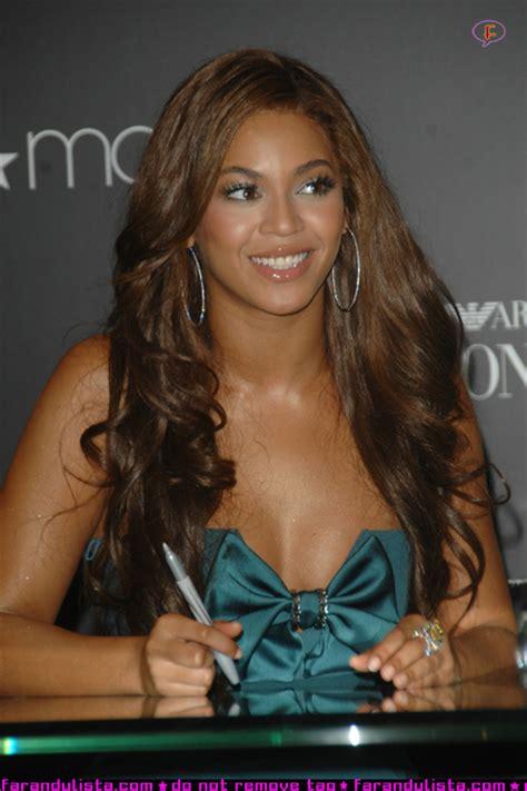Are In Beyonce Hosts Launch Of Emporio Armani Diamonds Fragrance At The Nyc Macys by Beyonce Lanzamiento Perfume Diamonds Farandulista