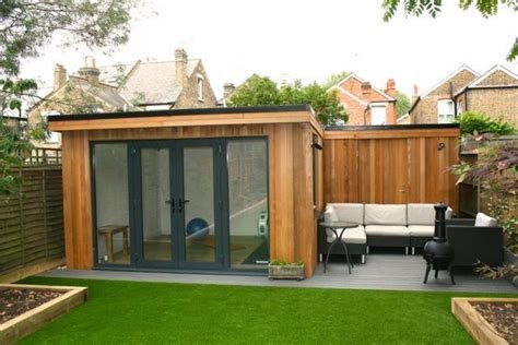 Garden Office Ideas Amazing Spaces Pallet Summer House Search Vendy House Pinterest Gardens Dinning