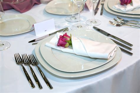 fine dining table setting 7 easy tips for fine dining etiquette bon vivant