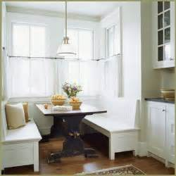 banquette seating in the kitchen