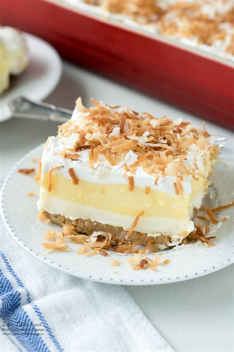desserts for a crowd 21 easy desserts that will feed a crowd slab pies