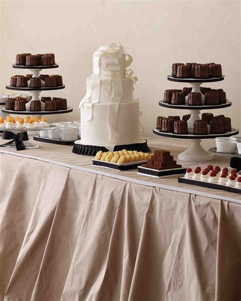wedding dessert table 8 ways to serve chocolate at your winter wedding