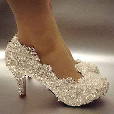 Sepatu Wedges Wave Lls Mnt997 25 best ideas about lace wedding shoes on wedding shoes heels winter wedding shoes