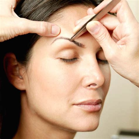 Reasons To Thread Your Eyebrows by Should I Tweeze Wax Or Thread My Brows Prettyology