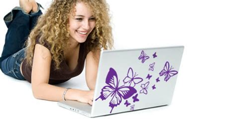 Casing Hp Black Pink Flying Buterfly flying butterflies laptop stickers skin dezign with a z