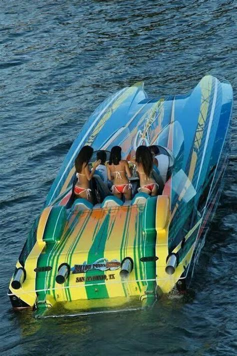 fast boat dubai 78 best images about boats on pinterest super yachts