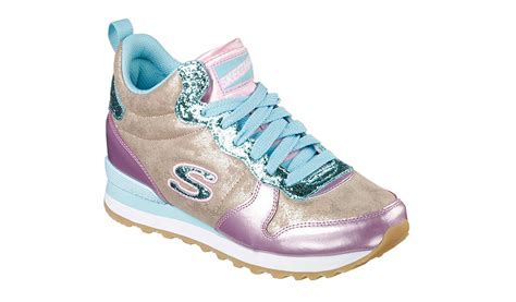 Skechers Cali Shoes Crocs Knockoffs by Skechers Knockoff Shoes Sneakernews