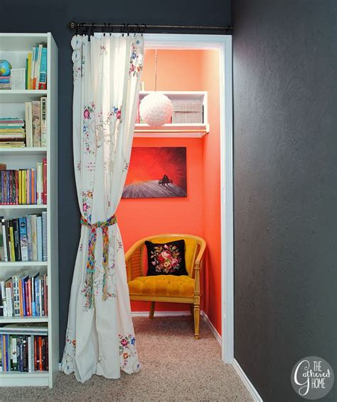 Closet Reading Nook by Best 20 Closet Reading Nooks Ideas On Closet