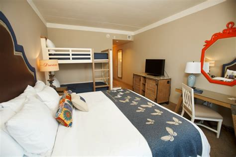 theme park beds 3 reasons to love the new dollywood resort and theme park