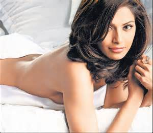 Bipasha basu Bollywood Hot Wallpapers