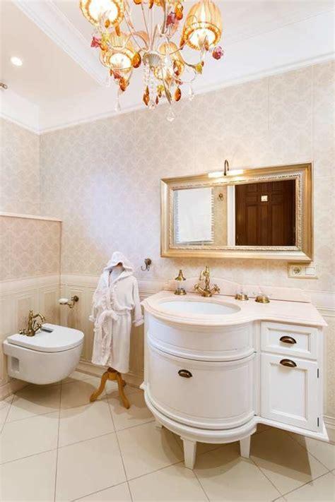 arredare il bagno classico stile classico o moderno tante idee per arredare il bagno