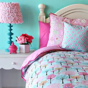 Create a whimsical bedroom for your little girl with the enchanted