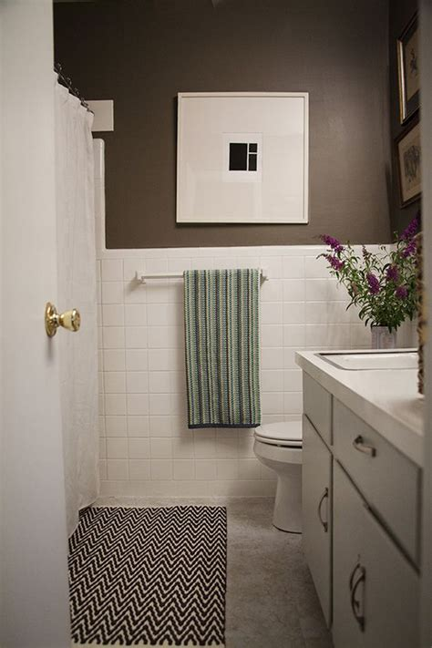 Simple Bathroom Makeovers by A Simple Inexpensive Bathroom Makeover For Renters