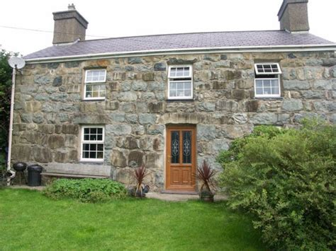 Snowdonia Farm Cottages by Self Catering Holidays Near Criccieth Gaerwen Farm Cottages