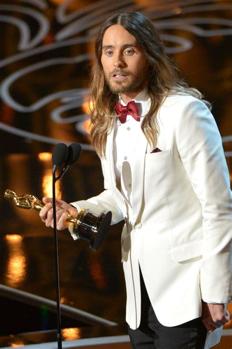 film oscar jared leto jared leto wins best supporting actor oscar for dallas