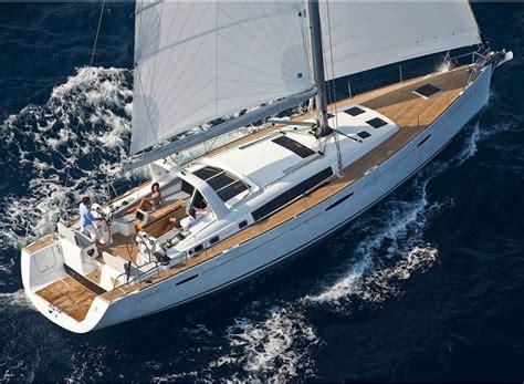 interni barche di lusso noleggio barche a vela di lusso oceanis 58 vacanza