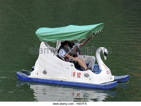 pedal boat images pedal boat stock photos pedal boat stock images alamy