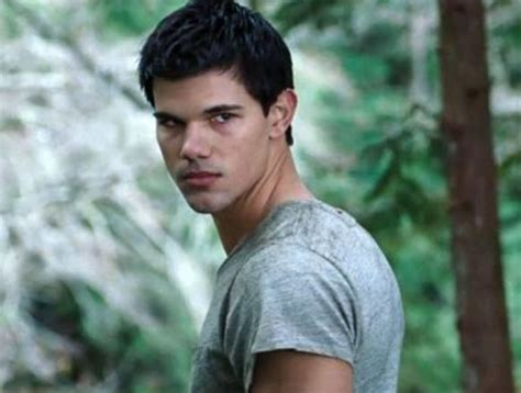 biography taylor lautner taylor lautner facts bio trivia pictures of tracers actor